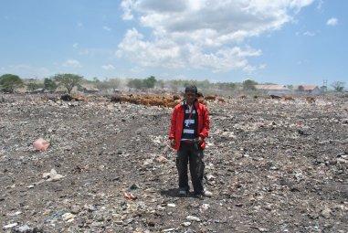 TPA sampah Alak, Kecamatan Alak, Kota Kupang, yang menggunakan metode Open Dump