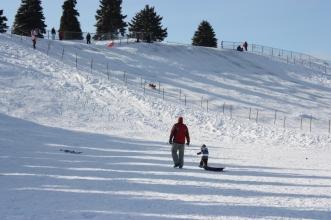 area ski Mt Trashmore di Evanston, Amerika Serikat, yang dulu merupakan dump station