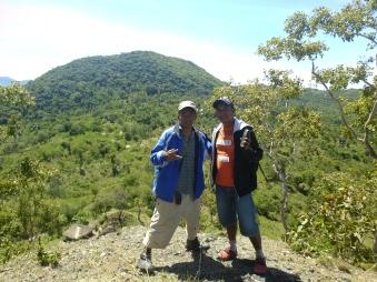 """Kerja Praktek """"Survey Geolistrik"""" di Desa Tanini - Takari, Kabupaten Kupang"""